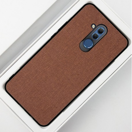 Huawei Mate 20 Lite etui na telefon CARPET case - Brązowe